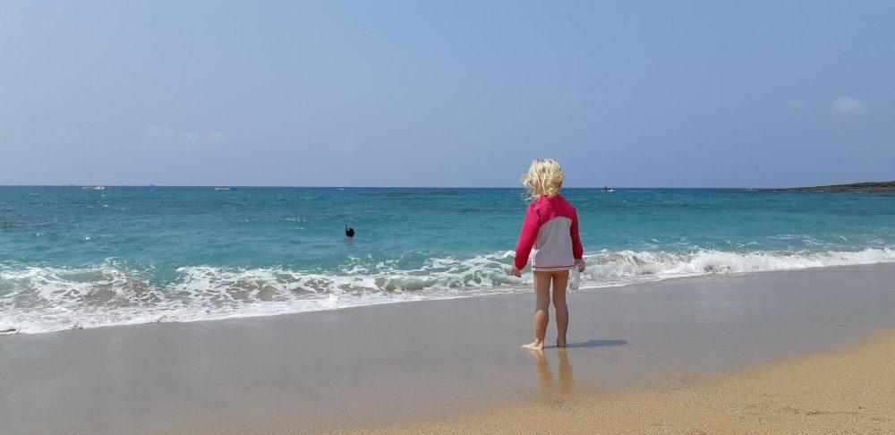 enfant a la plage