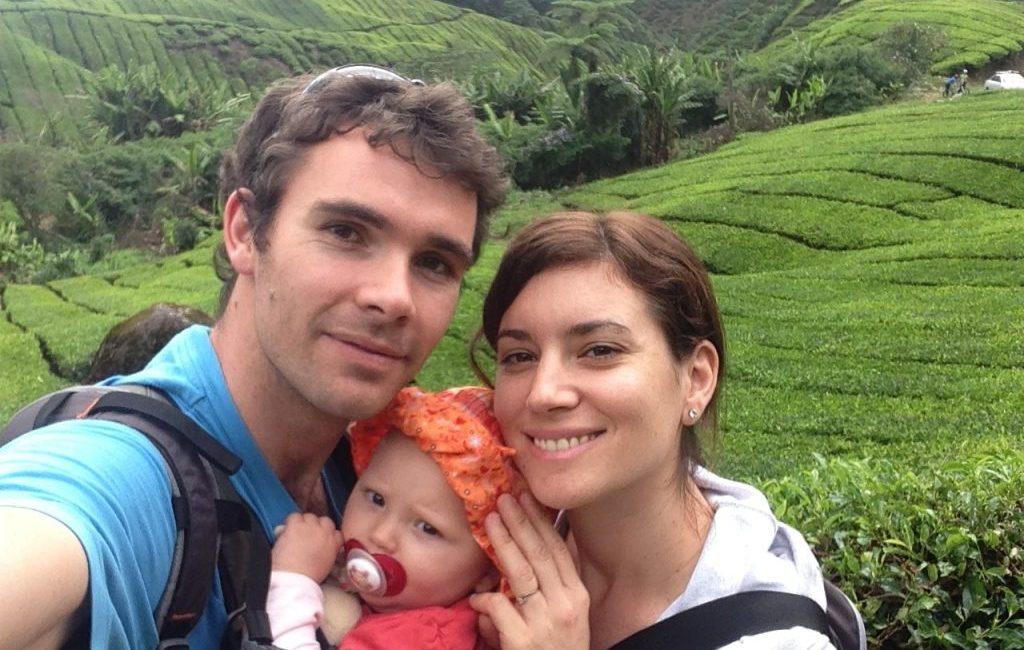 famille devant les rizières en voyage en malaisie