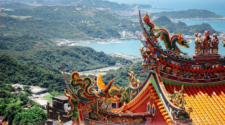 temple jiufen taiwan