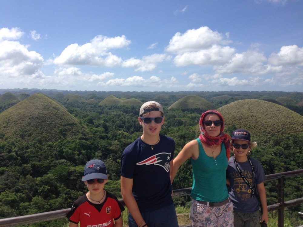 famille vue chocolate hills