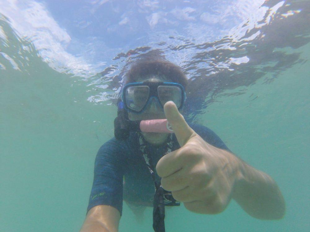 enfant snorkelling philippines