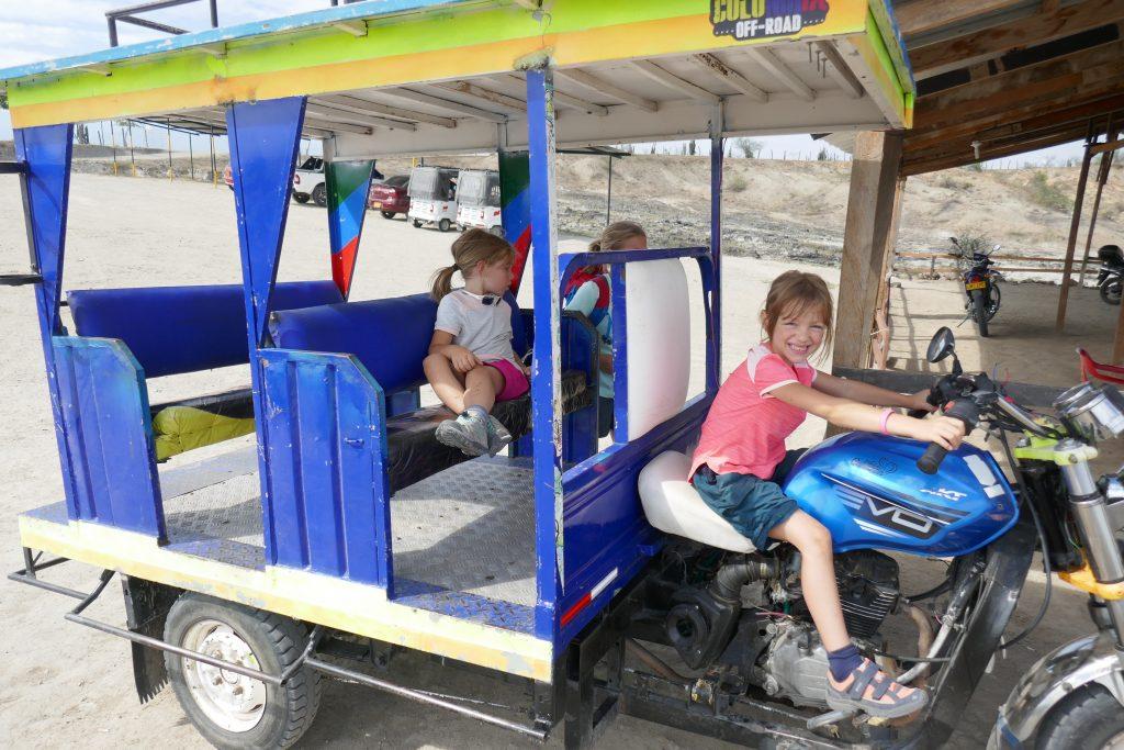Tuk tuk transport en colombie