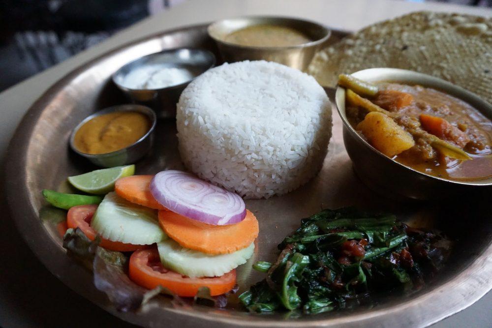 dal bhat nourriture nepal
