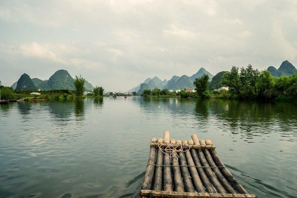 radeau sur riviere guilin