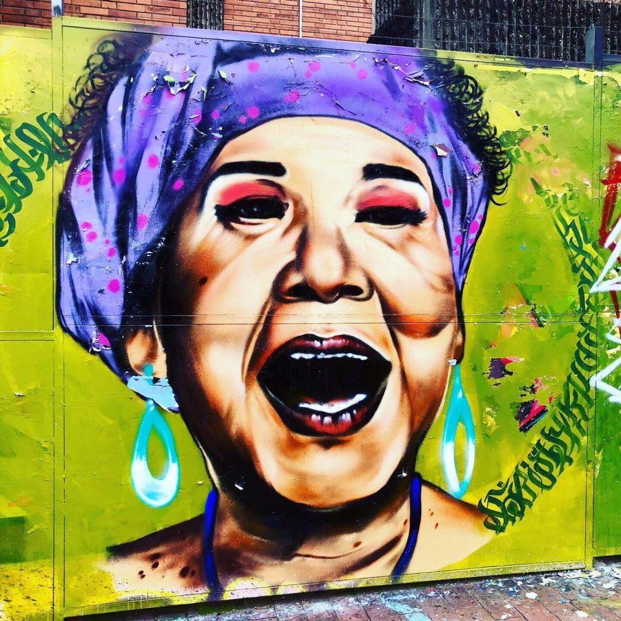 street art femme bogota