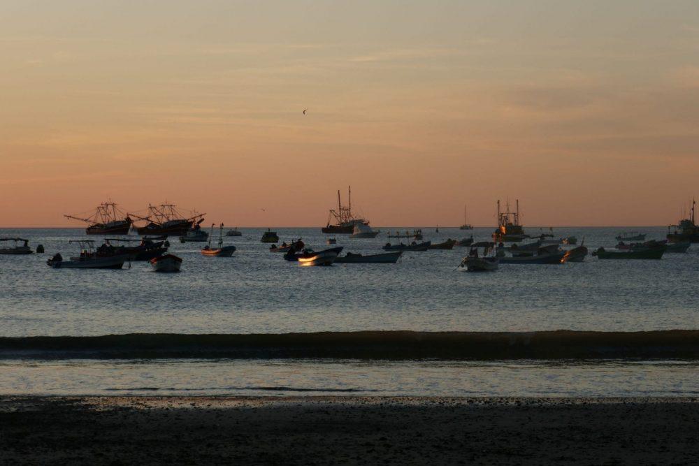 plage et bateaux San juan del sur