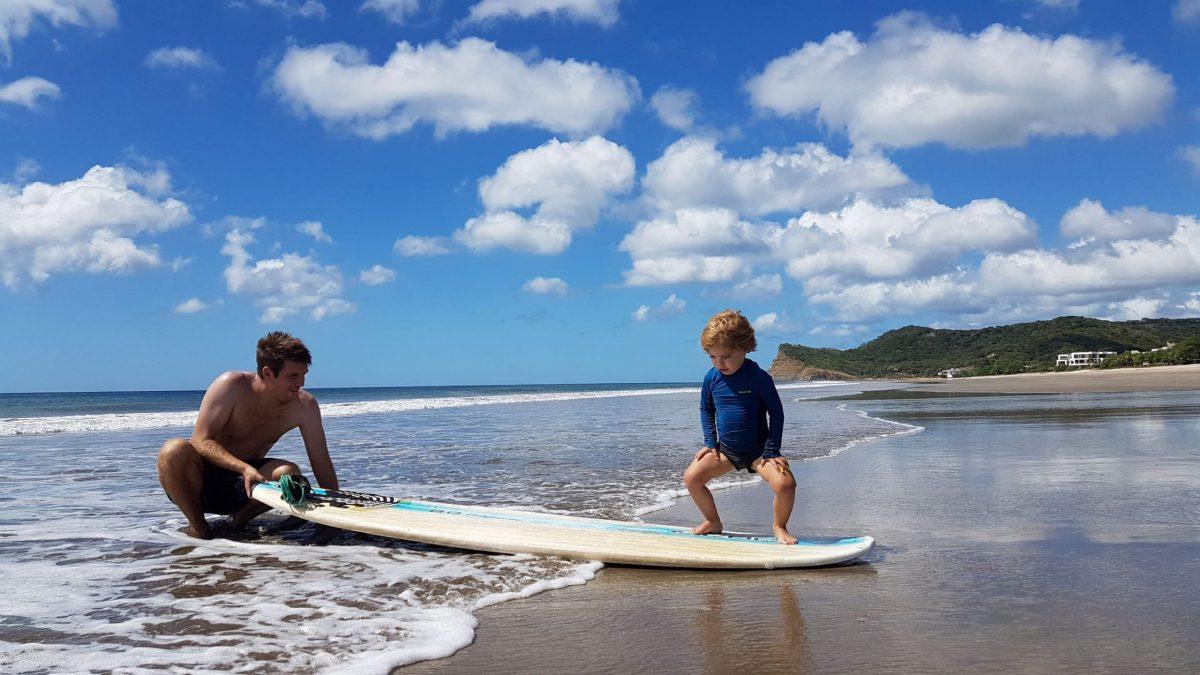 surf enfant nicaragua