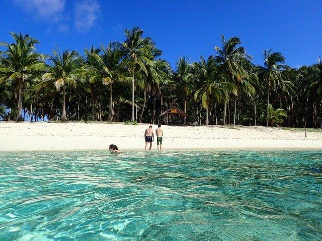 Mamon island en famille aux philippines