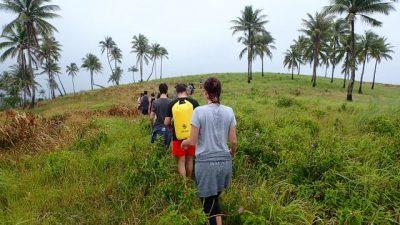famille dans les rizières aux philippines