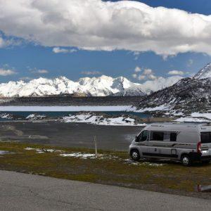road trip camper van toscane famille