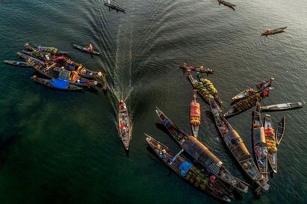 barques sur le delta du mékong