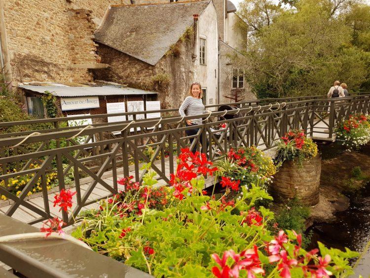 village fleuri en bretagne voyage en famille