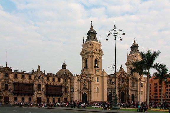 lima capitale pérou église