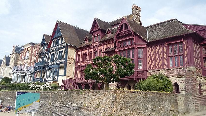 facade maison trouville