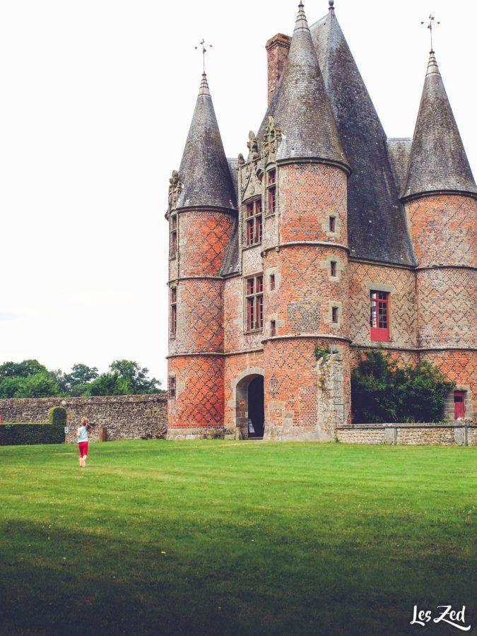 Chateau de carrouges en normandie voyage en famille