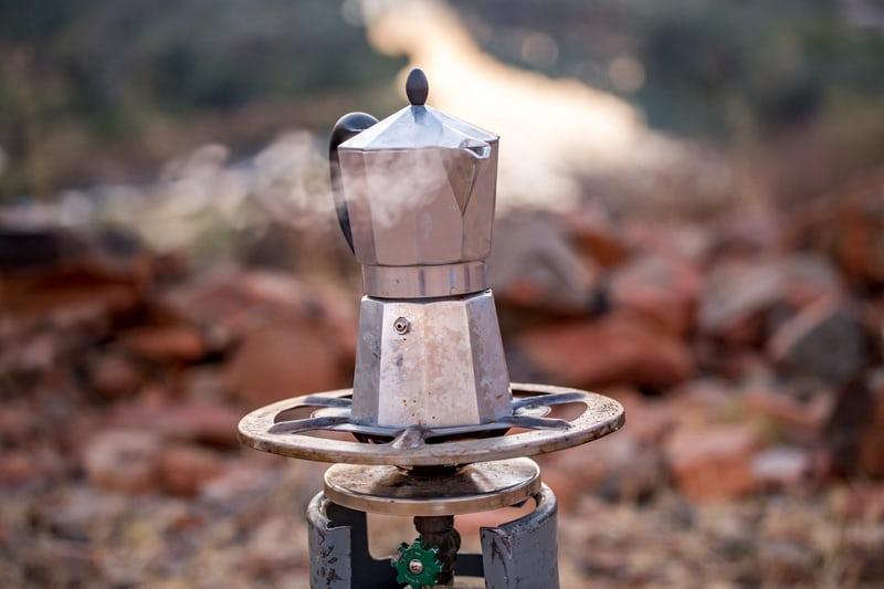 café dans le désert namibie
