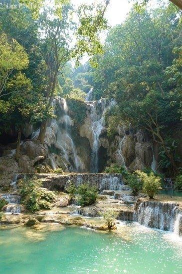 cascade au laos voyage en famille