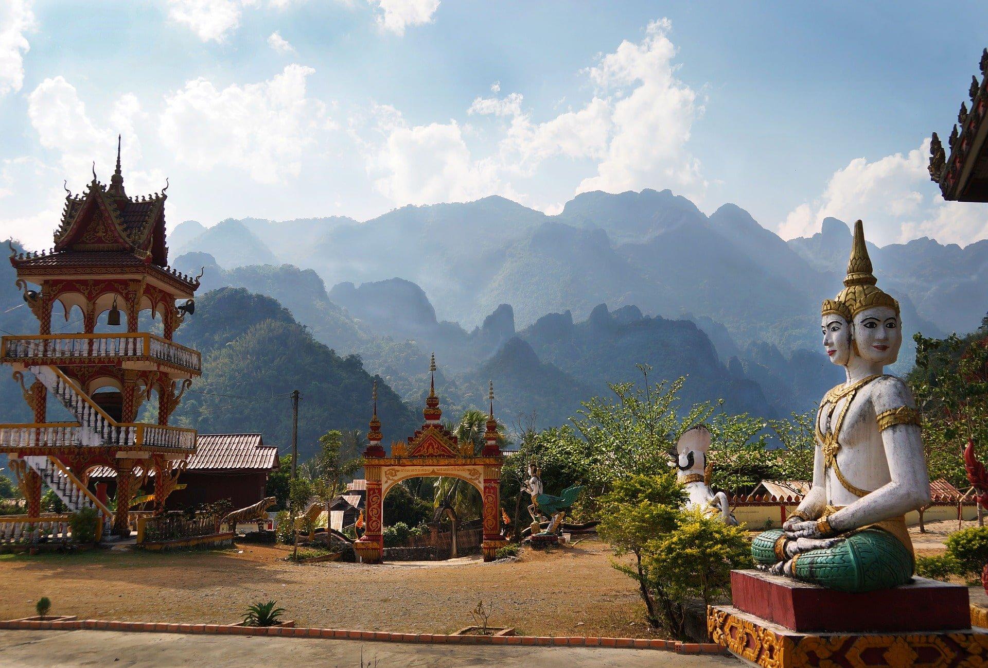 temple bouddha laos voyage en famille