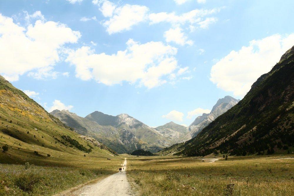 chemin de randonnée dans les Pyrénées