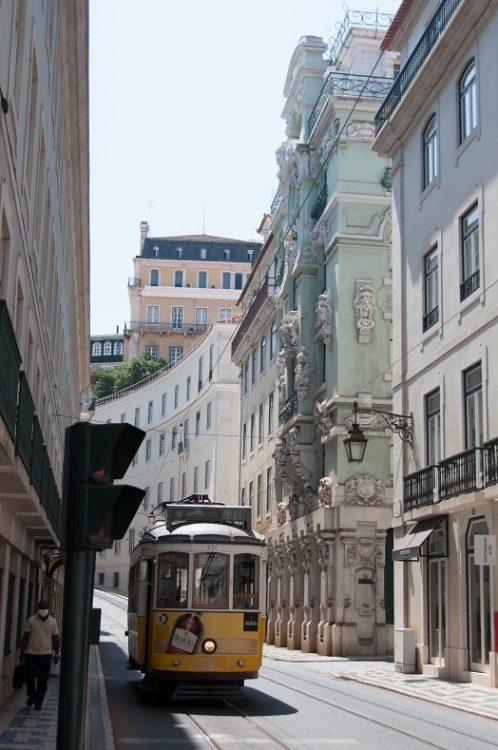 tramway lisbonne voyage au portugal