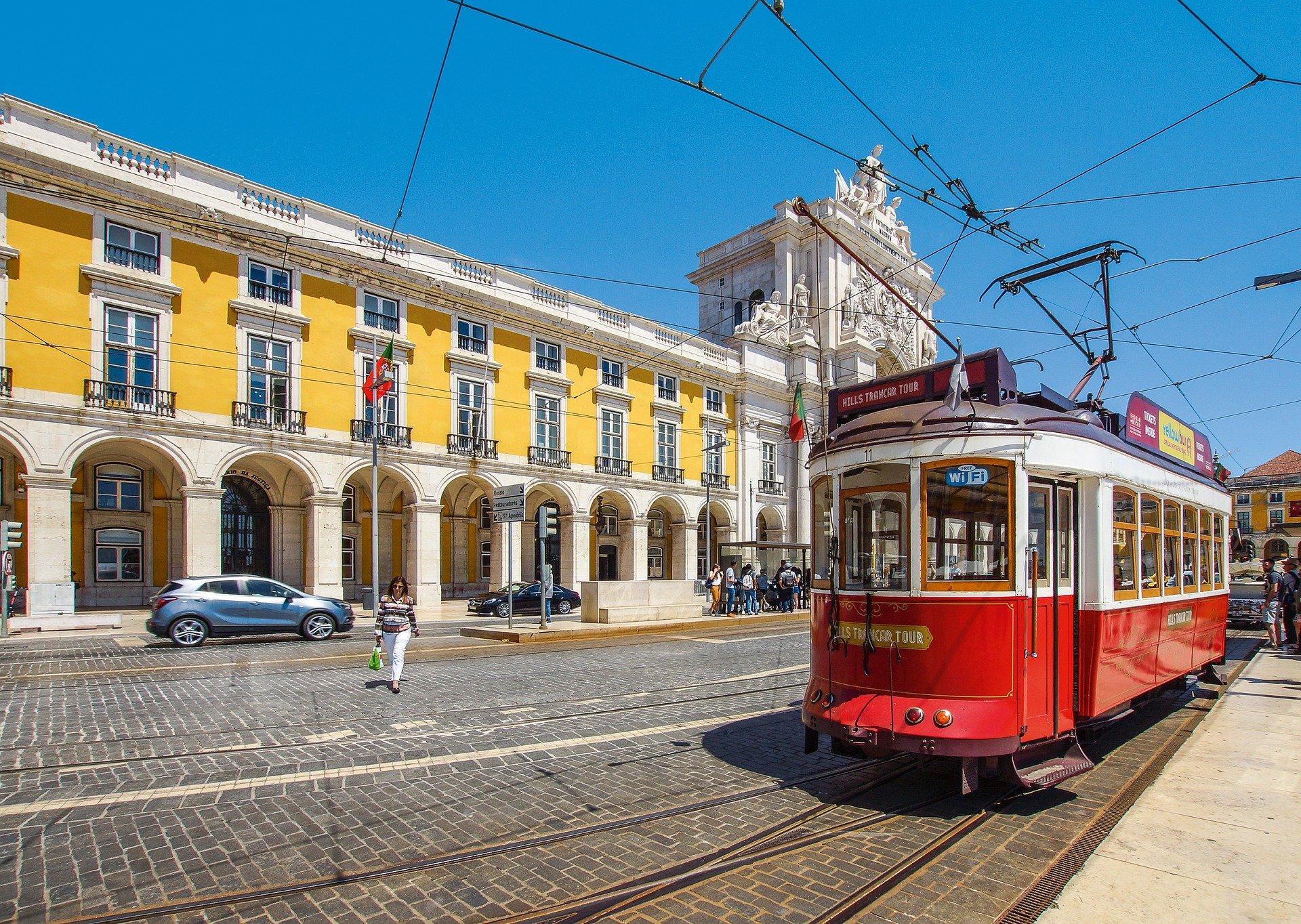 tramway portugal lisbonne