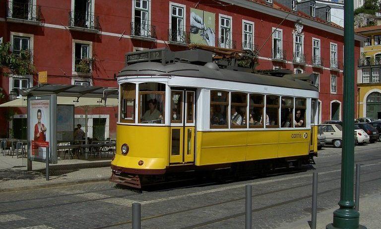 tramway lisbonne voyage portugal