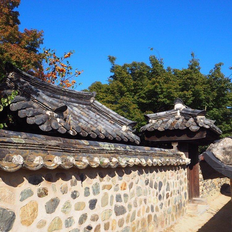 mur d'un temple en corée
