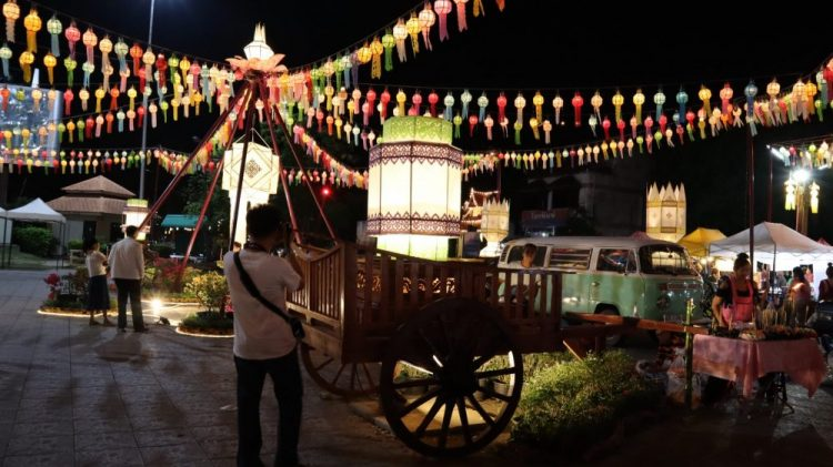 stand de vente de lanternes