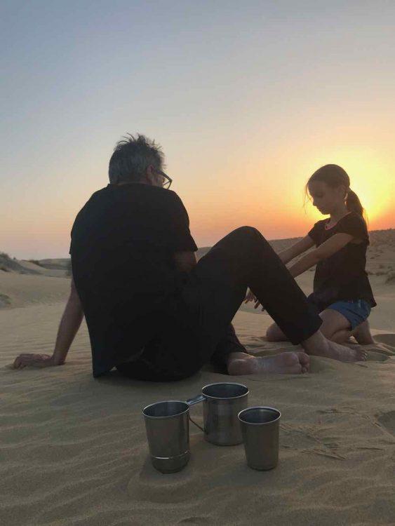 coucher soleil en famille desert du thar rajasthan