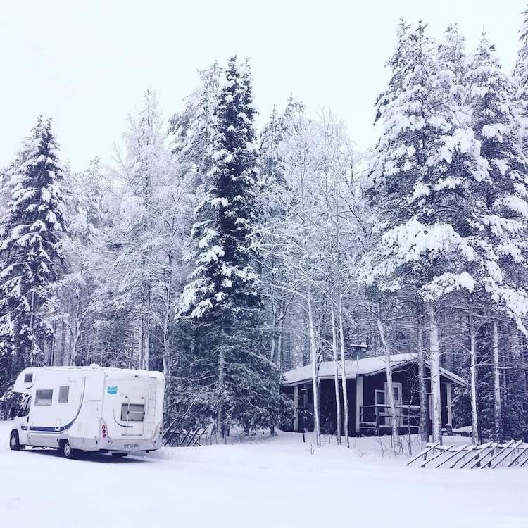 camping car hiver finlande road trip