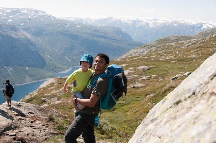 Trolltunga norvege famille