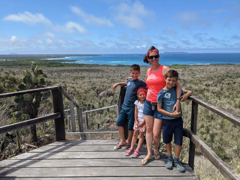 voyage galapagos en famille equateur isabela vue mer
