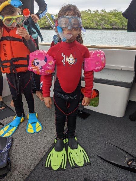 voyage galapagos famille snorkelling enfant