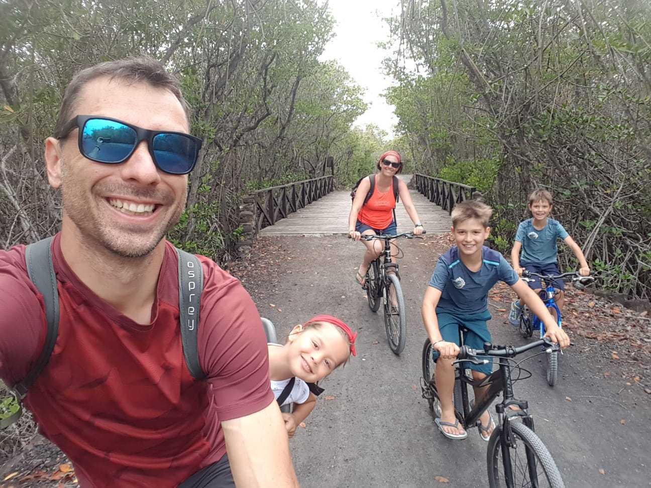 voyage galapagos famille vélo isabela