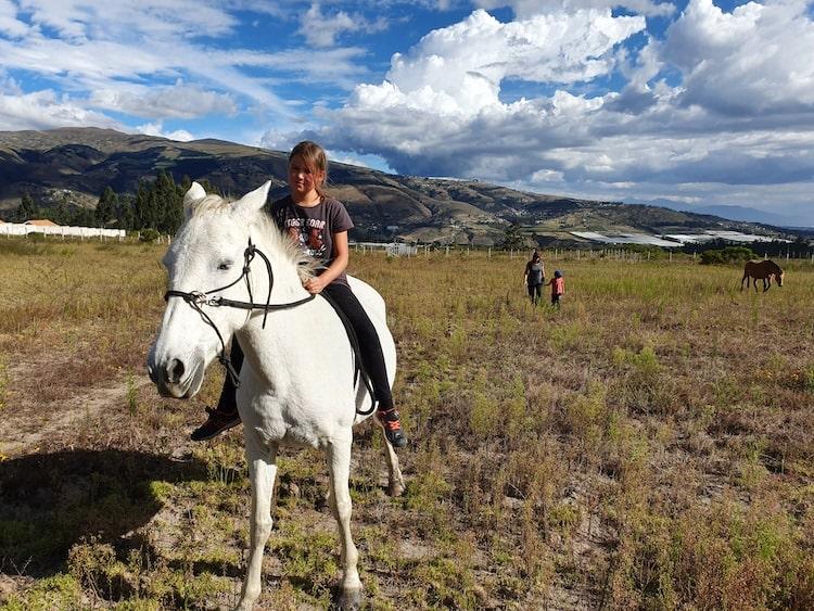 randonnée cheval equateur