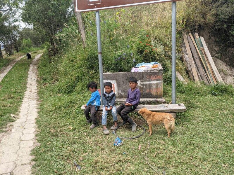 randonnée boucle quilotoa famille enfants
