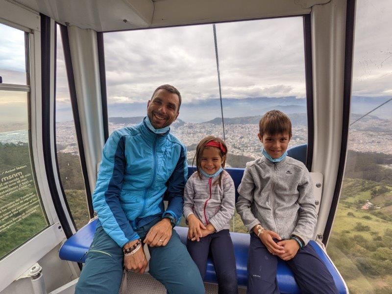 voyage equateur randonnée cabine teleferico quito