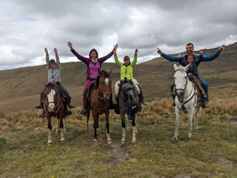 voyage equateur randonnée cheval quito volcan pichincha