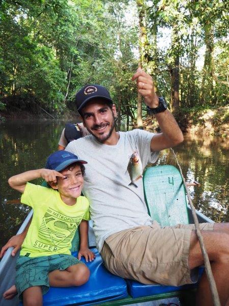 voyage equateur famille amazonie pêche pirahna
